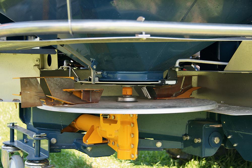 Duurtest Bogballe M2W Plus kunstmeststrooier Agri Trader (3)