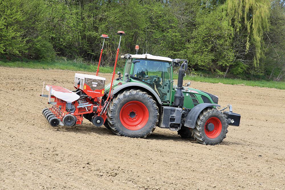 Precisie zaaimachine Maxi van Rotoland in de #Akkertest Agri Trader (16)
