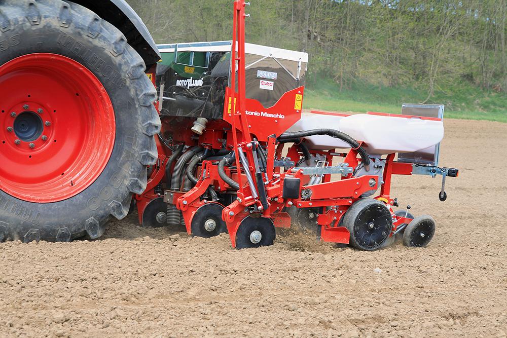 Precisie zaaimachine Maxi van Rotoland in de #Akkertest Agri Trader (5)