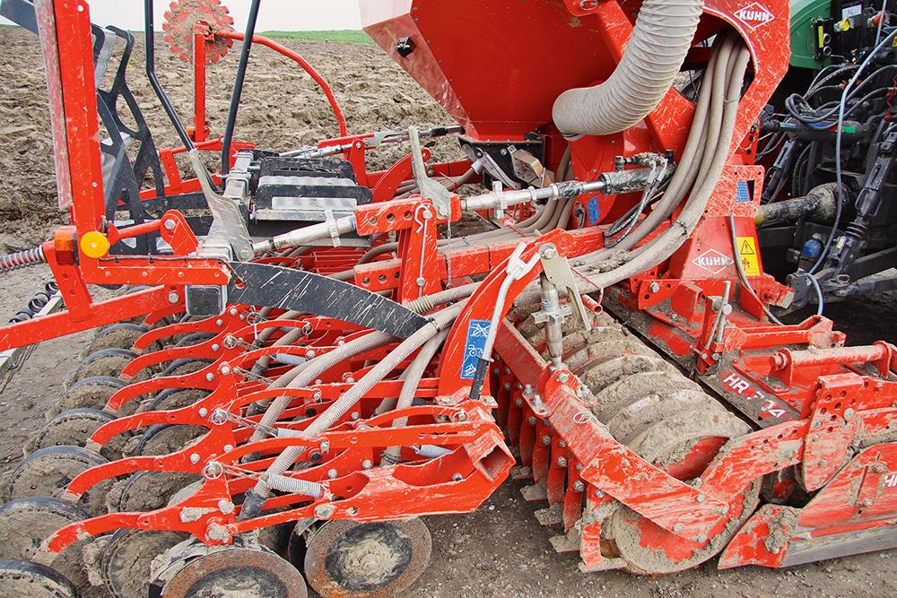 Kuhn Combiliner Venta pneumatische zaaimachine getest - Agri Trader (2)