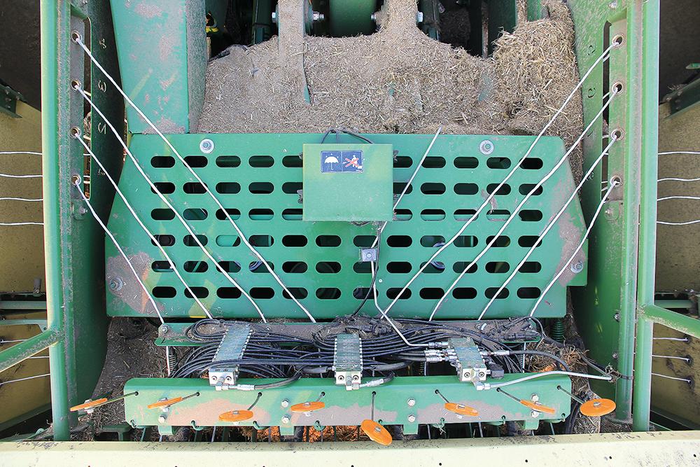 Akkertest Krone BiG Pack 1290 HDP #prestatiedrang - Agri Trader testrapport (10)