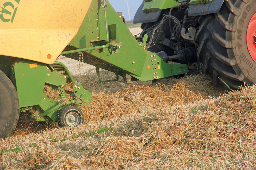 Akkertest Krone BiG Pack 1290 HDP #prestatiedrang - Agri Trader testrapport (17)