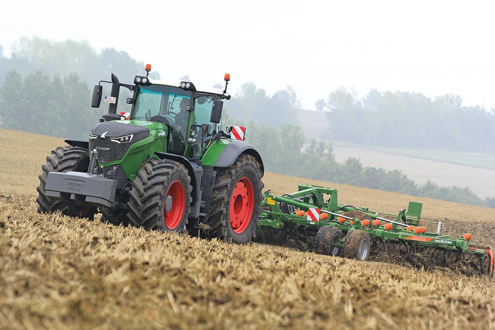 De terugkeer van de cilinderinhoud - Fendt 1000 Vario - Agri Trader Testjaarboek (23)
