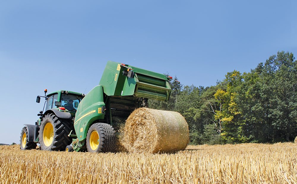 John Deere Multipers F 440 R - Agri Trader rijtest (1)