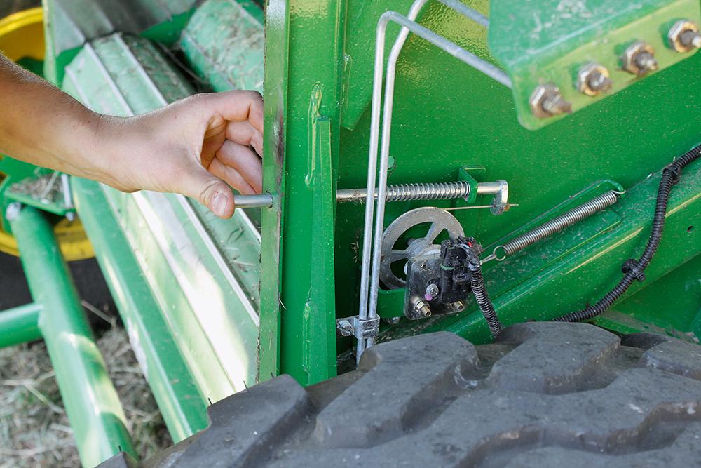 John Deere Multipers F 440 R - Agri Trader rijtest (9)