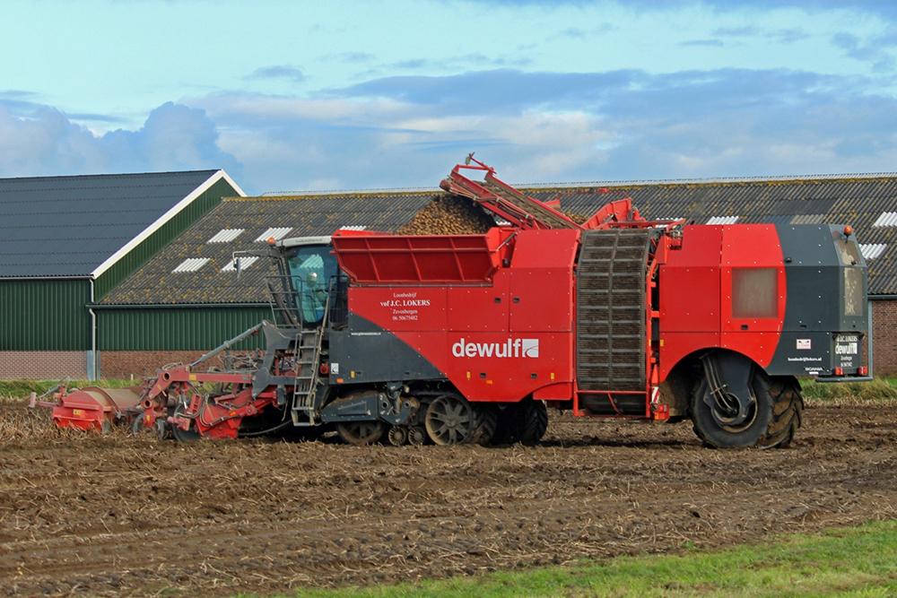 Loonbedrijf Lokers en Gebroeders Weststrate Klant van klant Agri Trader