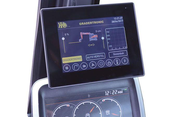 Gradertronic is de kern van Het Nieuwe Graven - Agri Trader Test Jaarboek (4)