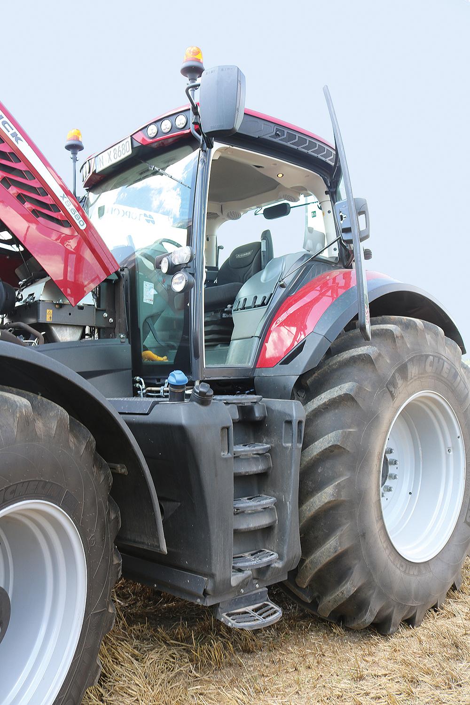 McCormick X8 tractor - Agri Trader Test Jaarboek 2019 (10)
