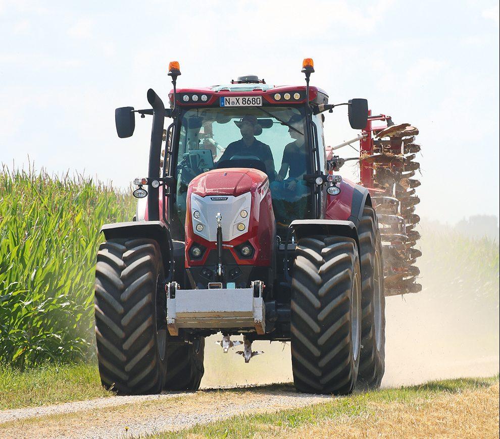 McCormick X8 tractor - Agri Trader Test Jaarboek 2019 (18)