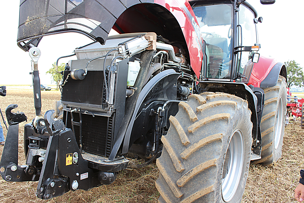 Case IH Magnum 340 Efficient Power - Agri Trader Test Jaarboek - (9)