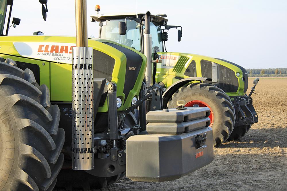 Claas Axion 900 Rijtest - 400 pk grens doorbroken Agri Trader Test Jaarboek - (2)