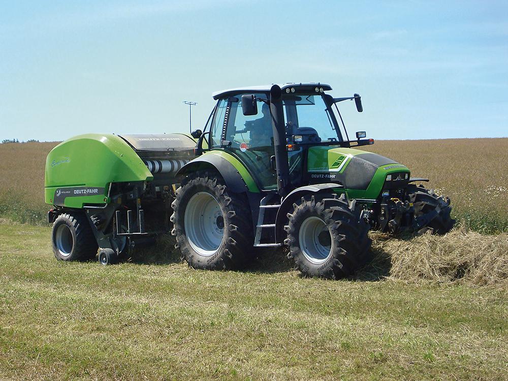 Deutz-Fahr Agroton TTV 430 getest - Techniek van de groten - Agri Trader Test Jaarboek - (11)