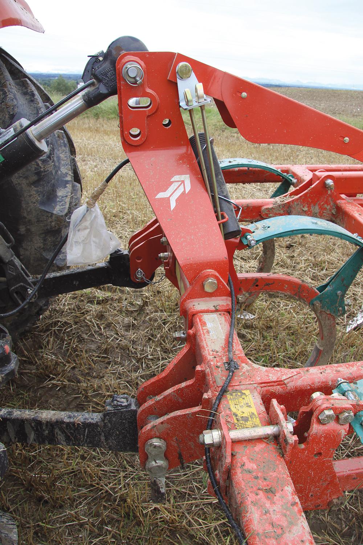 Een vlotte driebaner cultivator getest - Agri Trader test jaarboek - (11)