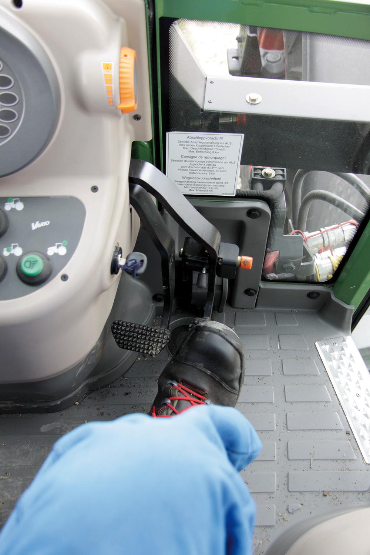 Fendt Vario 200 rijtest - 110pk uit drie cilinders - Agri Trader Test Jaarboek - (7)