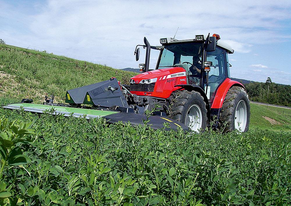 Massey-Ferguson 5440 rijtest - Agri Trader Test Jaarboek