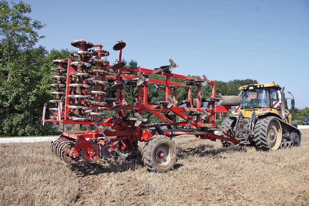 Terrano FM cultivator met of zonder wals - Agri Trader testjaarboek - (5)
