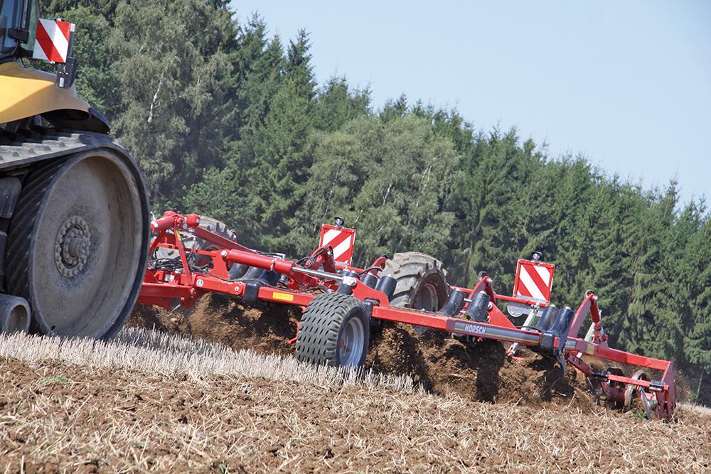 Terrano FM cultivator met of zonder wals - Agri Trader testjaarboek - (6)